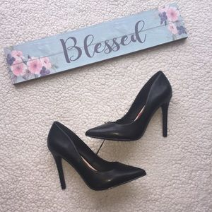 Madden Girl Black Heels NWOT